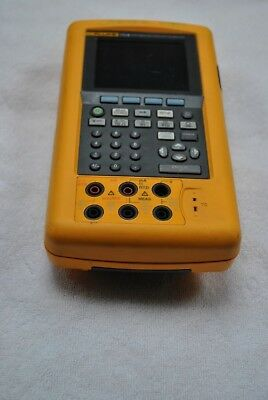 Fluke 741B Documenting Process Calibrator 741