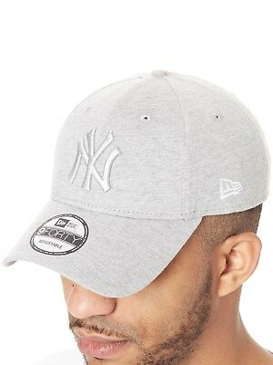 Casquette visière courbée New Era Essential Jersey 9Forty New York Yankees  Gris 9ebb68d1c247