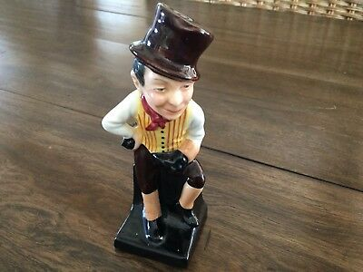 Vintage Signed Royal Doulton SAM WELLER English Porcelain Collectible Figurine