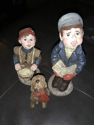 Sarah's Attic Rare Limited Addition Christmas Carolers With Dog