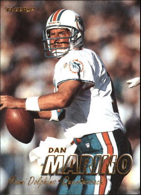 1997 Fleer #250 Dan Marino - NM-MT