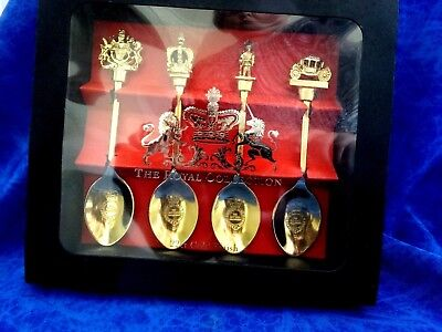 THE ROYAL COLLECTION 22ct. GOLD FINISH SPOON SET QUEEN'S GOLDEN JUBILEE 2002