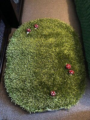 vertbaudet children grass rug with raised mushrooms new