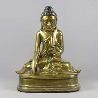 BURMESE CAST BRASS BUDDHA - 20th CENTURY