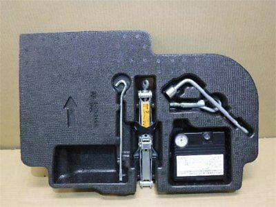 NISSAN March 2012 DBA-NK13 Toolkit 849751HH5A [Used] [PA02078590]
