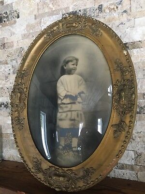 Vintage Antique Victorian Oval Bubble Glass Picture Gilded Frame - Print Of Girl