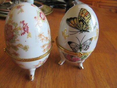 2 Beautiful Porcelain Footed Egg Shaped Hinged Trinket, Jewellery Or Pill Box
