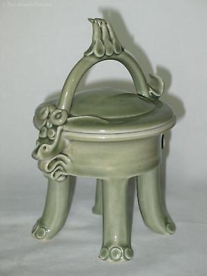 Anne Mercer Celadon Fantasy Lidded Box – Australian Studio Pottery. Excellent
