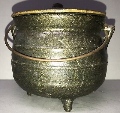 """Vintage 5"""" Heavy Cast Iron Footed Kettle Cauldron With Lid"""