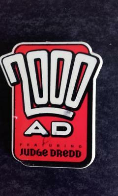 2000AD Judge Dredd Rare Badge 1990's Comic Free Giveaway Collectible 2000 ad NM