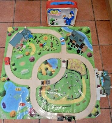 Postman Pat Snap Trax Playset With Buildings, Figures, Playmat And Vehicles