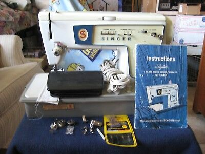 SINGER Sewing Machine Zig Zag Model 477~Accessories, Carry Case, Manual, Pedal