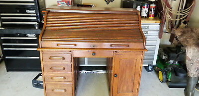 Antique Roll Top Desk S Type - Local pickup or delivery only. circa 1906?