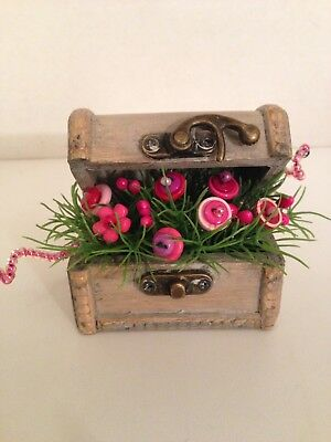 VTG Valentine Button Bouquet/Chest-Country Rustic Prim Shabby Chic Home Decor