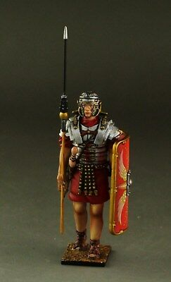 1/30  Roman Soldier marching #1 Roman009 by Country Honor