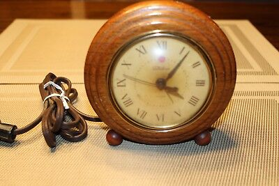 Vintage TELECHRON Electric Alarm Clock,Wood,Tested and Works, Made in Mass, USA
