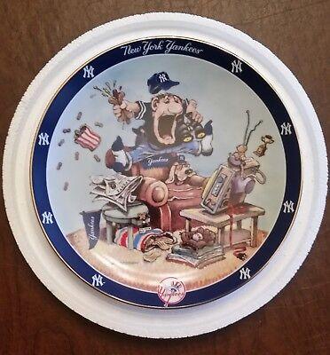 The Ultimate Yankees Fan Collectible Plate. Danbury Mint, Limited edition.