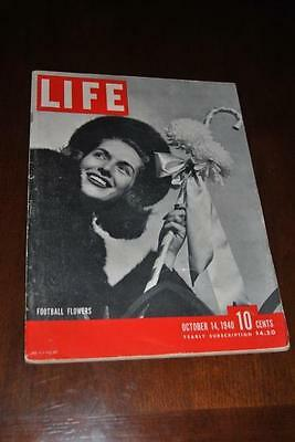 VTG Life Magazine Oct.14, 1940 Orange, Texas Bengal Guards WWII Lucky Strikes Ad