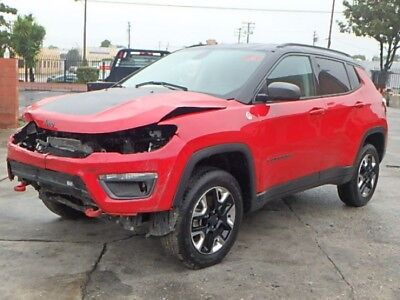 2018 Jeep Compass Trailhawk 2018 Jeep Compass Salvage Damaged Vehicle! Priced To Sell Wont Last! Must See