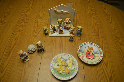 Lot Of 13 Cherished Teddies Mixed Collection Figurines