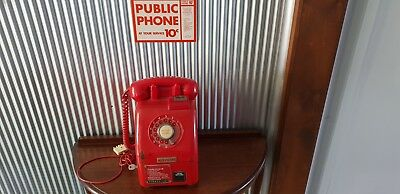 Red Victa Public Telephone With Key
