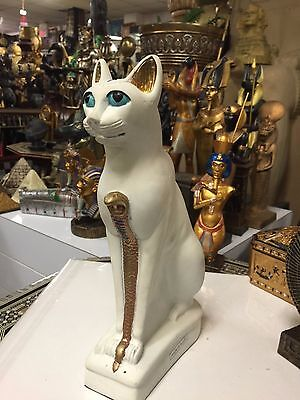 Unique Hand Made  Egyptian Cat  Statue   Made in Egypt