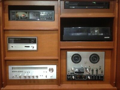 Vintage Japanese Manufactured Hi-Fi Stereo System with American Fisher Speakers