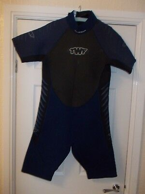 XL Extra Large Men's 3mm TWF shortie wetsuit
