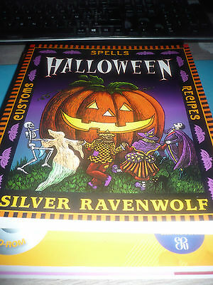 HALLOWEEN - Spells customs recipes - Silver Ravenwolf - BOOK LIKE NEW OOP