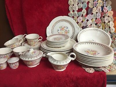 Vtg 44 Piece Set Of Edwin M Knowles Vitreous China Dainty Gold Filigree Floral