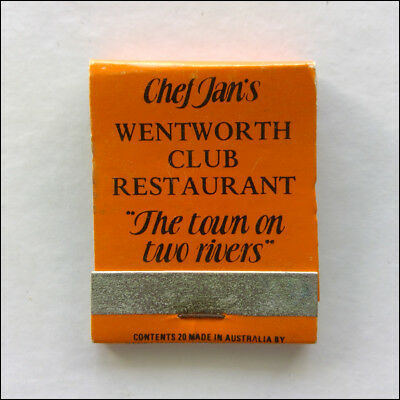 Chef Jan's Wentworth Club Restaurant 050272211 Doggone Good Matchbook (MK47)