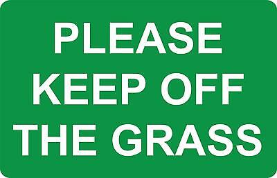 Please keep off the grass safety sign