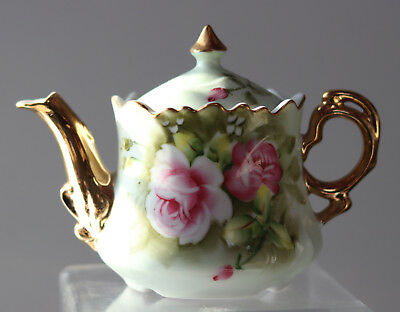 Lefton Hand Painted Green Heritage Rose small Tea pot Japan #6710