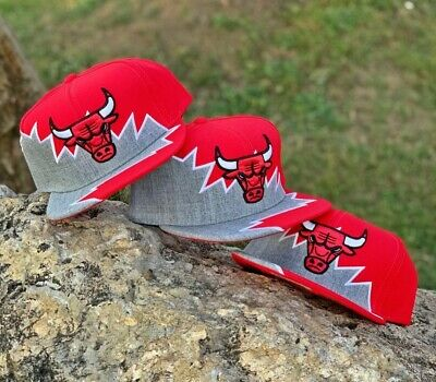 Mitchell   Ness Chicago Bulls Heather Gray   Red Cut   Sew Snapback Hat Cap 57fc40f0fabe