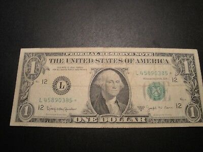 (1) $1.00 Series 1963-B Federal Reserve *Star* Note VF Circulated Condition