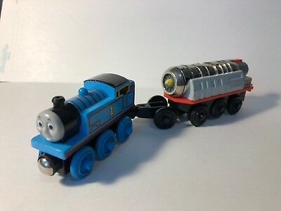 Thomas And Friends Wooden Railway 4 Wheel Mavis Rare 3499 Picclick