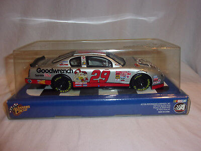 Winners Circle Kevin Harvick 29 GM Goodwrench Service Nascar 1:24 Diecast Car