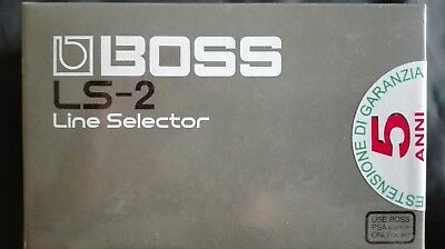 "BOSS LS-2 Pedal Compacto ""Line Selector"""