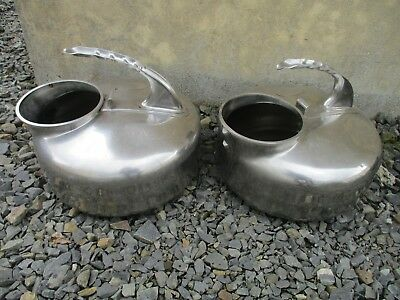 lot de 2 bidon pot a lait ancien en inox.