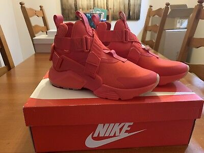 05279e738bee9 WOMENS NIKE HUARACHE City Speed Red AH6787-600 Size 7 NIB -  114.99 ...