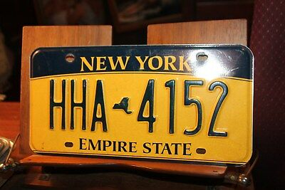 2010 New York Empire State License Plate HHA 4152