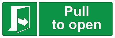Pull to open door Safety sign
