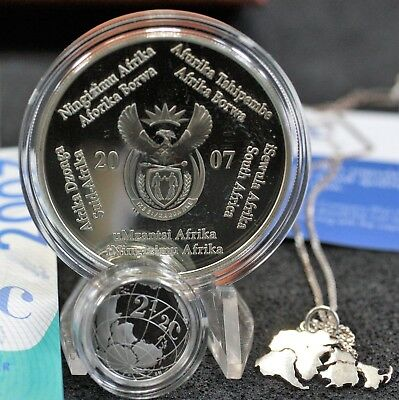 South African  2007 2 Rand & 2.5 cent Sterling Silver coin & pendant set. 1580