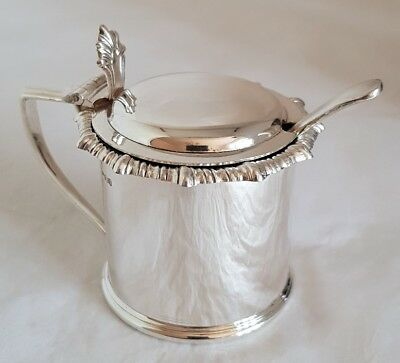 George Vl Sterling silver Drum mustard pot.Sheffield 1942 .By James Dixon & sons