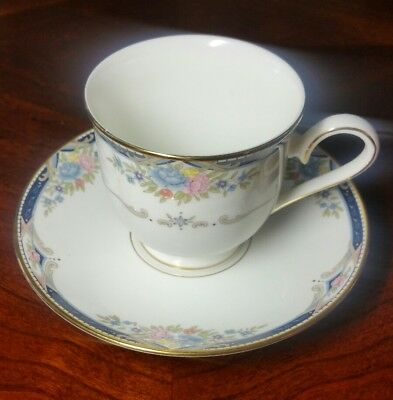 "Lenox Debut Collection Fine Bone China ""Abigail"" Tea Cup and Saucer"