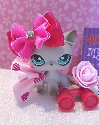 Authentic Littlest Pet Shop # 391 Grey Egyptian Short Hair Cat Teal Blue Eyes