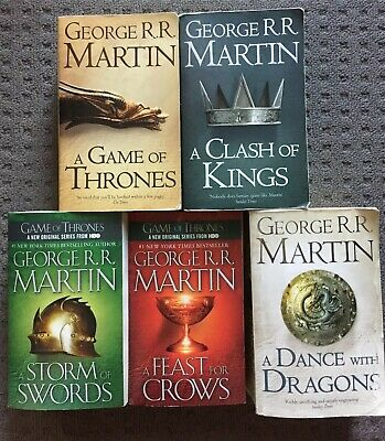 A Game Of Thrones + 5 (A Song of Ice and Fire) by George R R Martin