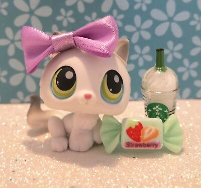 Authentic Littlest Pet Shop # 100 Grey White Kitten Green Blue Eyes w Bow