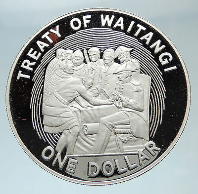 1990 NEW ZEALAND Queen w Treaty of Waitangi Genuine Silver Crown Coin i75316