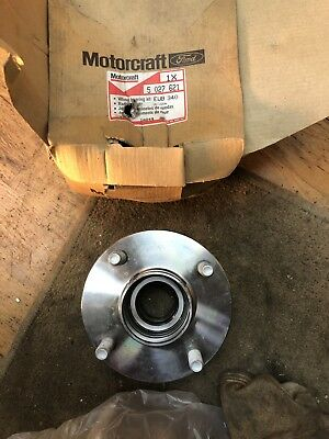 Ford Mondeo Mk1, Mk2, Cougar non ABS NOS Genuine Ford Rear Wheel Hub / Bearings